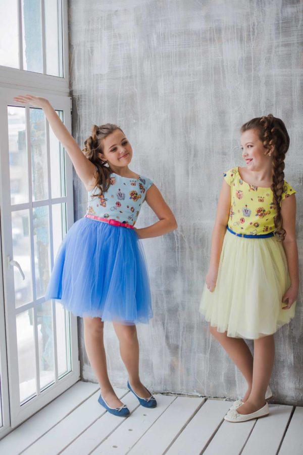 голубое желтое нарядное платье +для девочки Корона