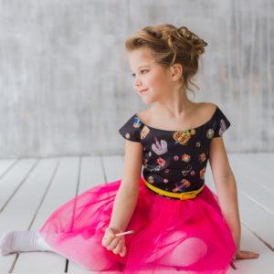 нарядное платье +для девочки +с принтом Корона