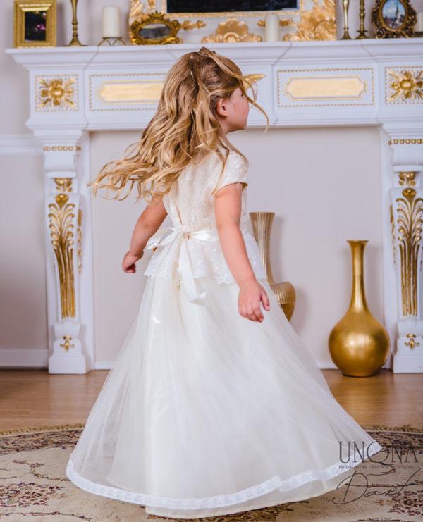 Праздничное платье для девочки со стоечкой