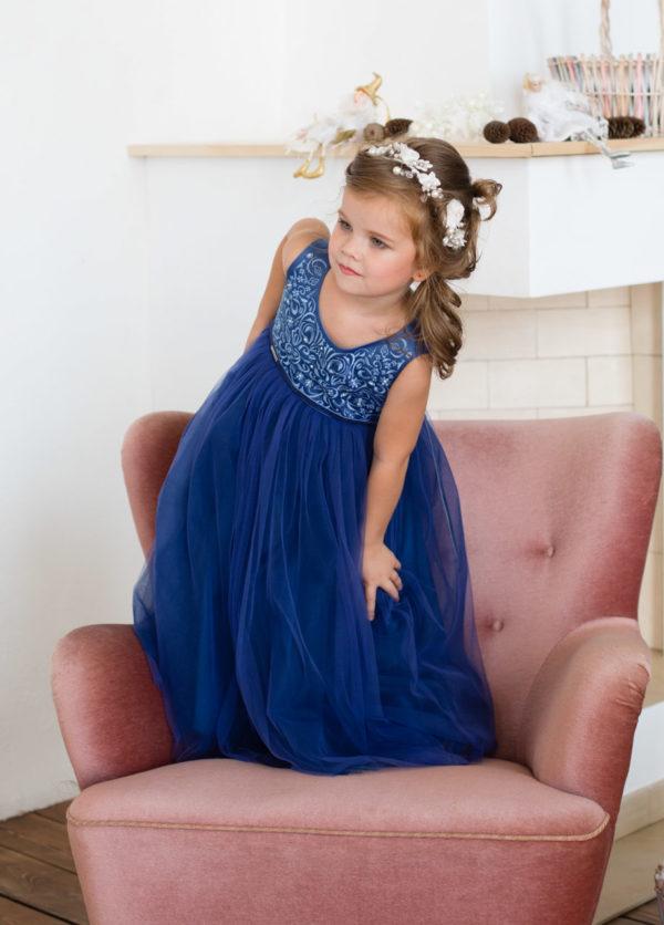 синее платье +для девочки с вышивкой