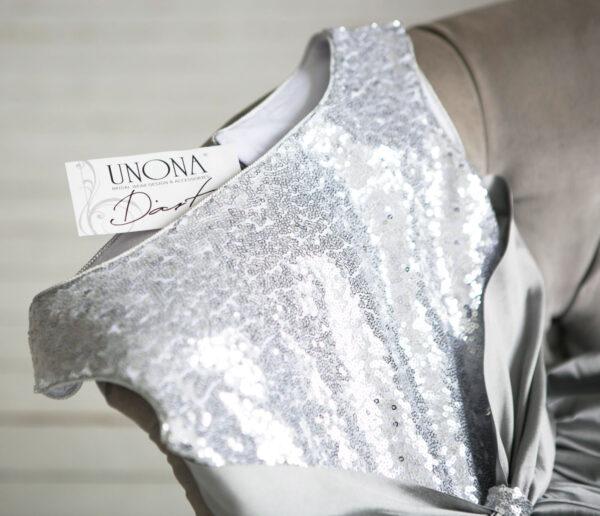 блестящее платье с пайетками серебряное