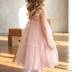 воздушное платье для девочки с кружевом и сеткой
