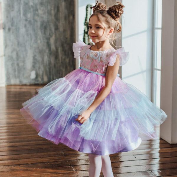 сиреневое пышное платье для девочки