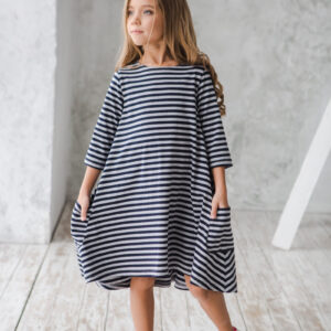 Платье трикотажное свободного силуэта детское в полоску