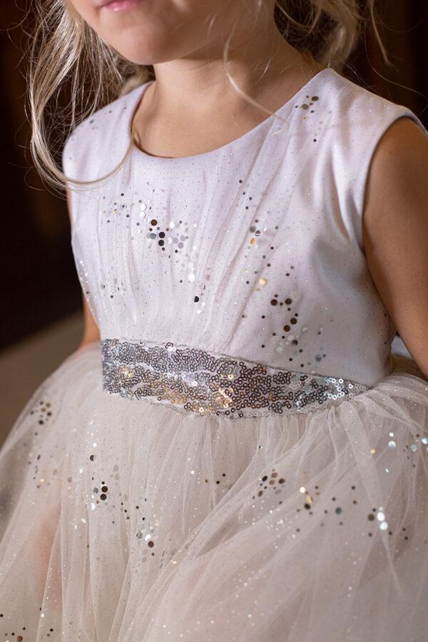 блестящее белое платье для девочки пышное на Новый год