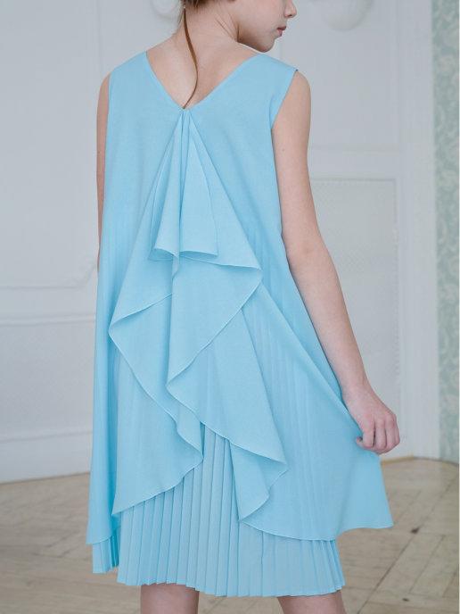 нарядное коктейльное платье для девочки подростка голубое для любой фигуры