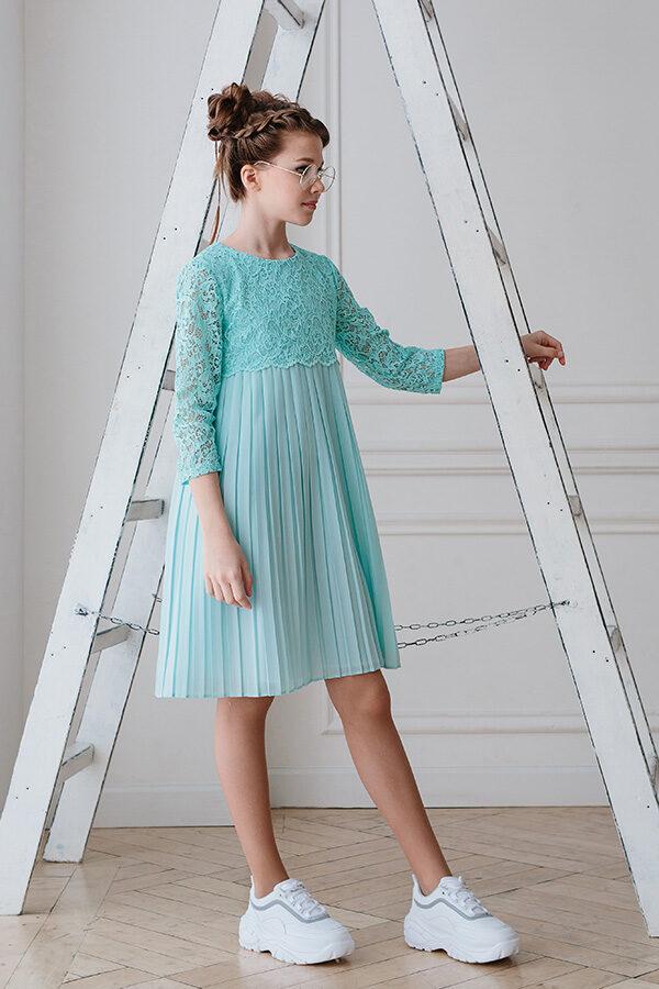 кружевное платье для девушки с длинным рукавом